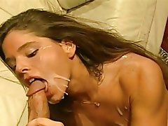 Babe Close Up Cumshot Facial