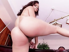 Babe Big Tits Ebony Hairy Lesbian