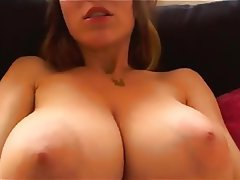 Amateur Babe Big Boobs Close Up
