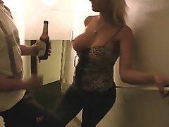Amateur Babe Big Tits Blonde Cumshot