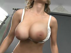 Babe Beauty Big Tits Blonde Cute