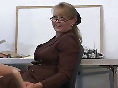 Masturbation Mature MILF Squirt