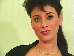 Anal Cumshot French Group Sex MILF